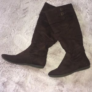 Sz 8 pull up dark brown faux suede Kneehigh Boots